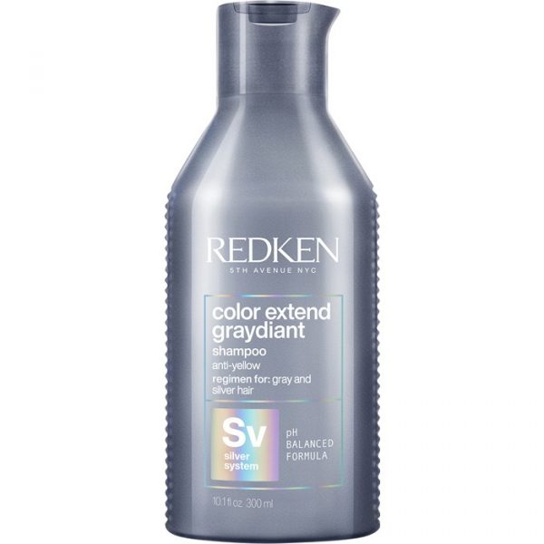 cabello gris con el champú Color Extend Graydiant de Redken